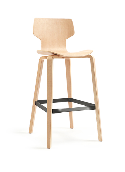 Gracia bar and kitchen stools