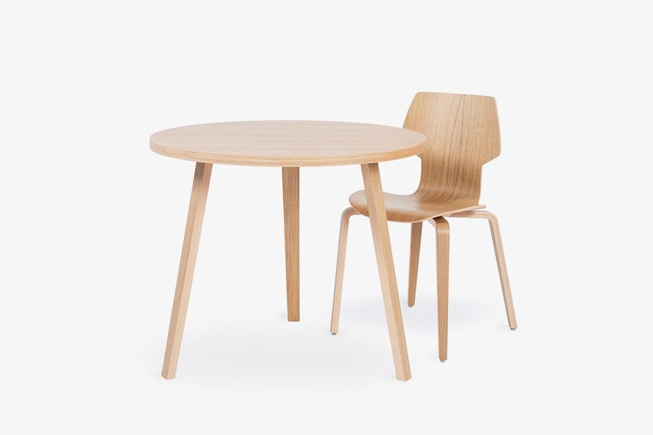 conjunto de mesa y silla Gràcia